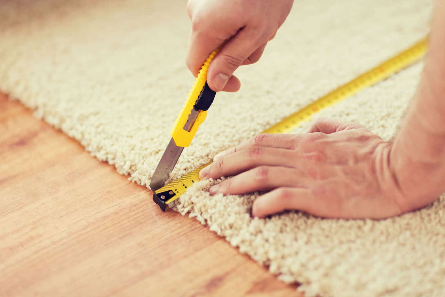 How To Install Carpet Padding [A Complete Guide] How To Lay Carpet In A Bat on