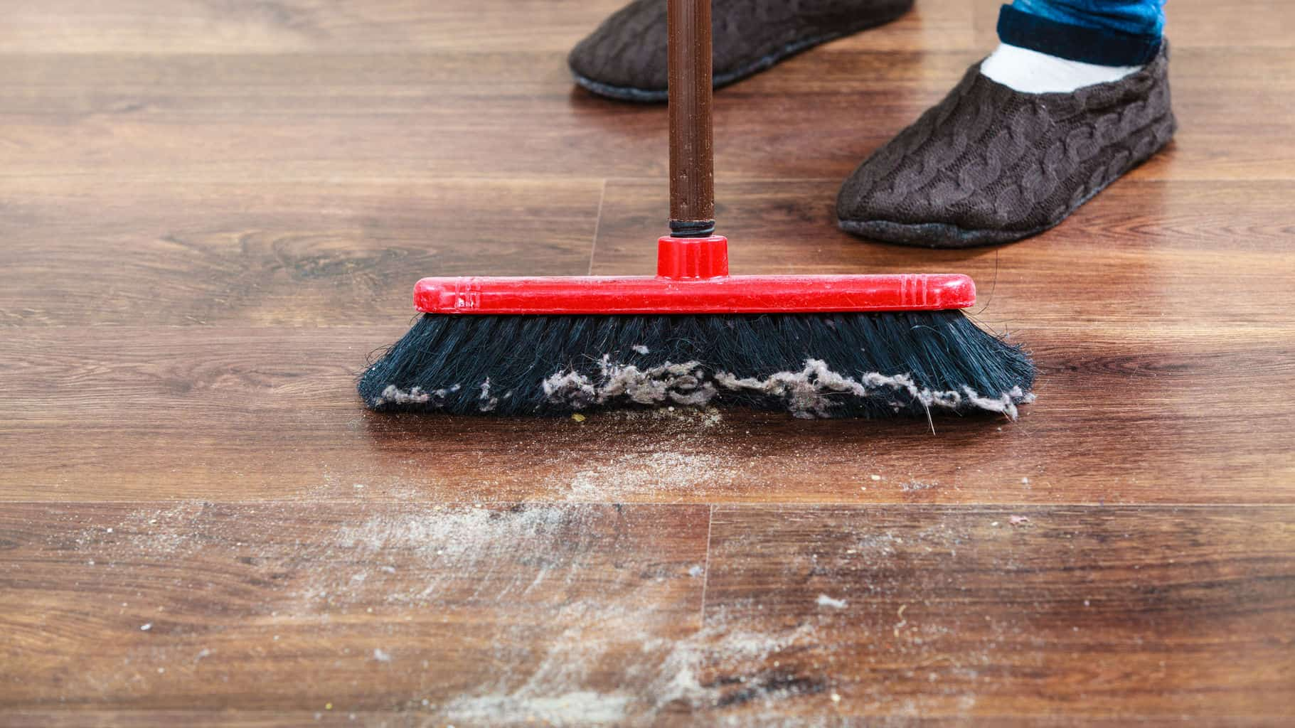 Laminate Floors Hair And Fur Can Be Especially Hard To Pick Up With A Mop But The Sweeper 5 Best