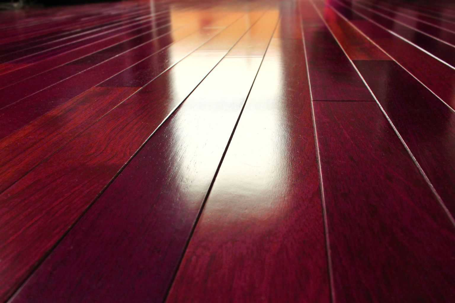 The pros and cons of brazilian cherry flooring the for Cherry flooring
