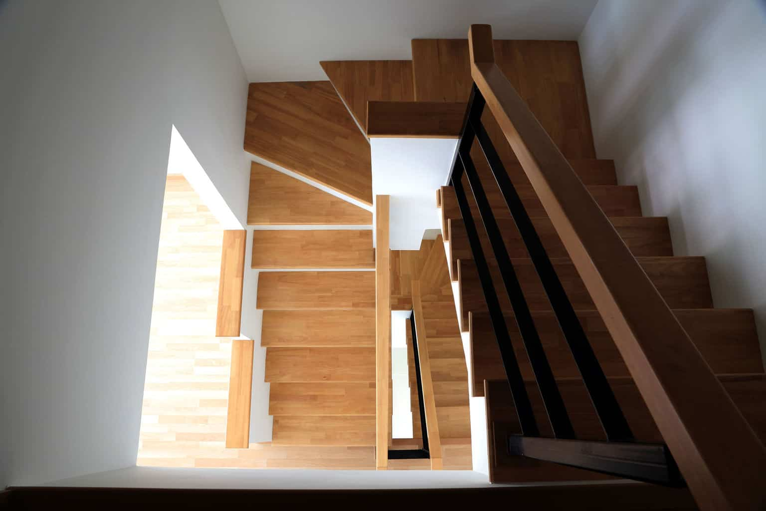 Laminate Flooring Will Look Great On Your Staircase