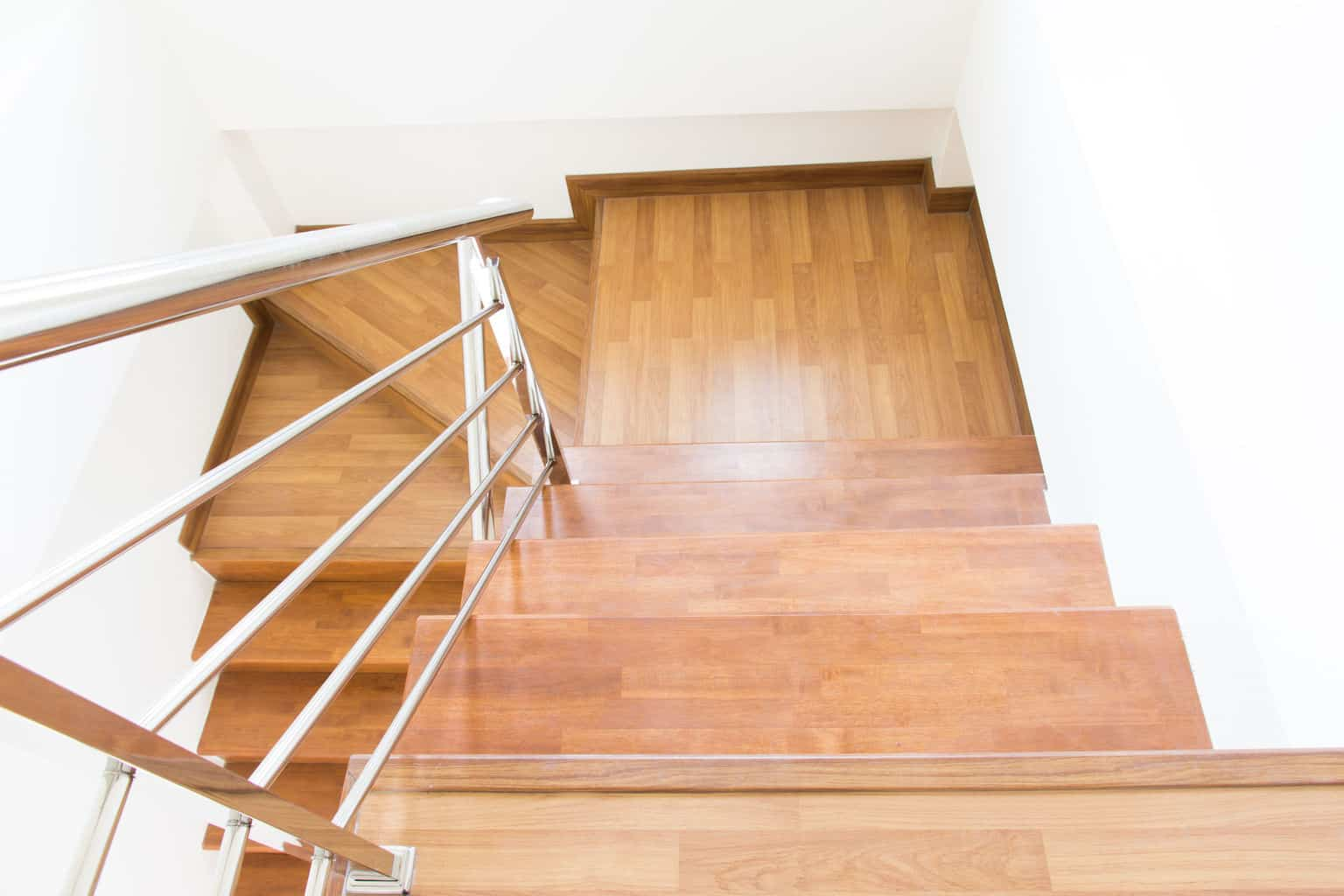 Reasons you should install laminate flooring on stairs