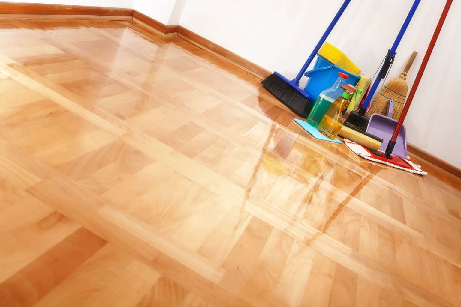 5 Ways To Naturally Clean Hardwood Floors The Flooring Lady
