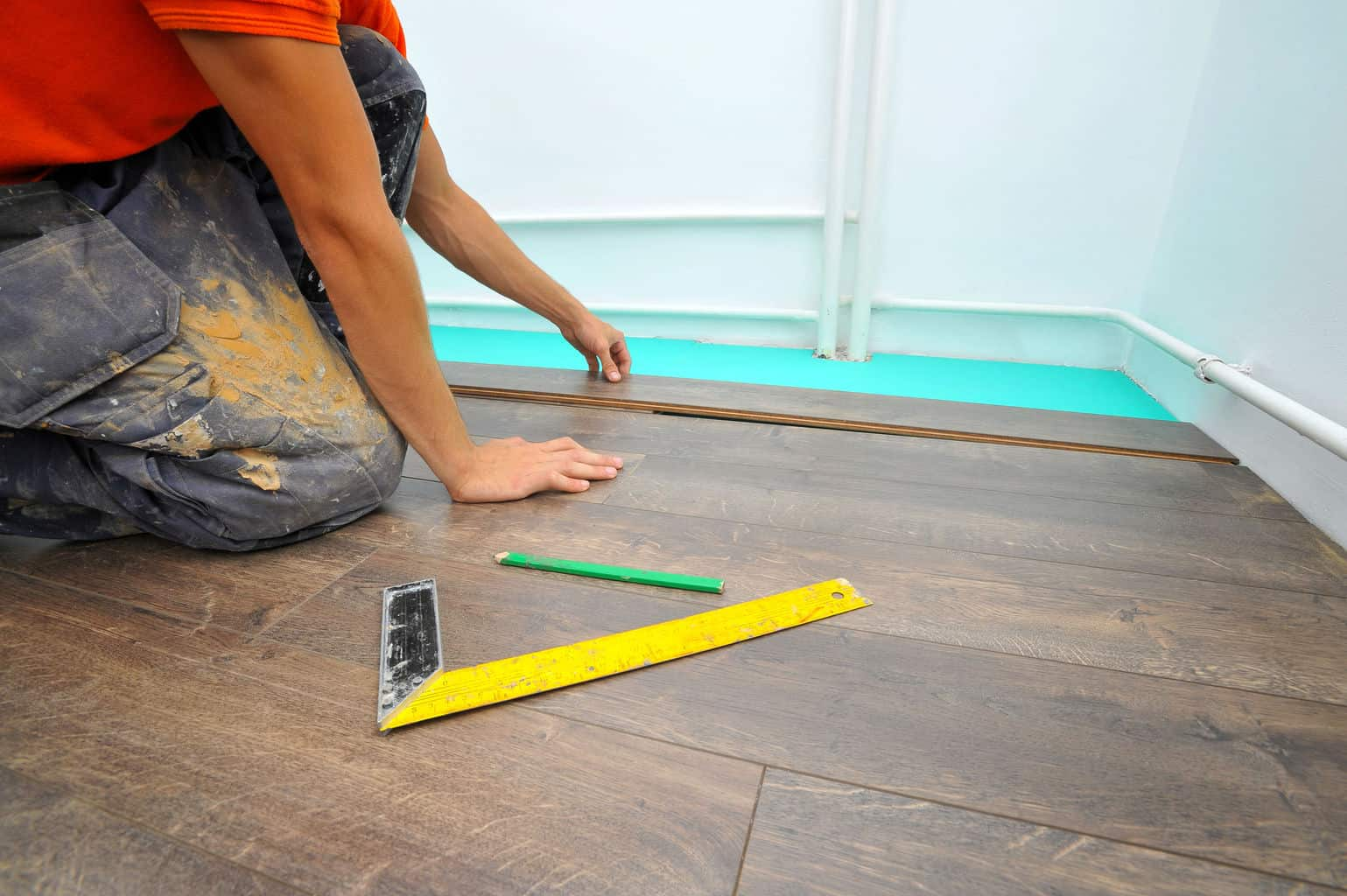 How to Lay Laminate Flooring in 7 Easy Steps - The Flooring Lady