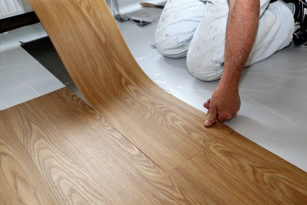 installation of vinyl floors