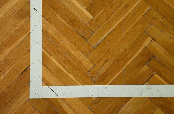 How Many Coats Of Polyurethane Do You Need For Hardwood Floors